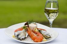 balık ve şarap avşa