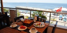 konak-hotel-avsa-denize-sifir-1-1024x685