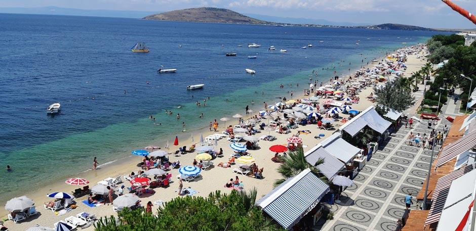 avşa adası merkez plajı
