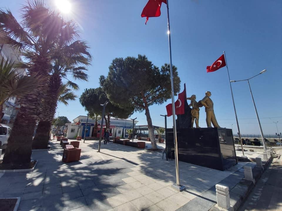 Atatürk Heykeli AVŞA ADASI